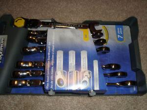 Brand New MAXIMUM SAE Flex Head GearWrench® Set, 7-pc