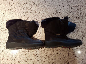 Brand New Pajar Waterproof Ice Gripper Boots size 7