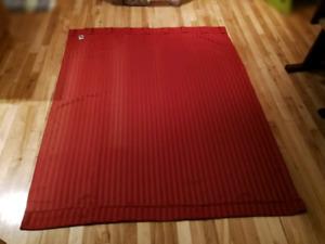 Paneau de rideau opaque rouge