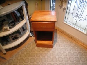 bedroom  end  table/cabnet