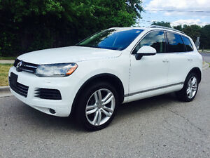 2012 VOLKSWAGEN TOUAREG TDI TOP OF THE LINE DIESEL LOADED MINT!