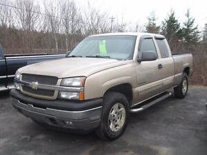2005 Chev Silverado 1500. 4x4. Warranty. Trades.