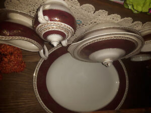 ANTIQUE dishes crown ducal A.G.R. made in england. COMPLETE SET