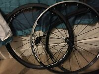 Mavic aksium wheelset 10-11 speed shimano
