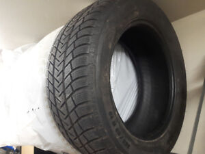 BMW X5 set of  Michelin winter tires 255/55 R18 - $600 OBO
