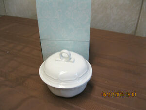 MIKASA FRENCH COUNTRY SIDE   CASSEROLE     NEW