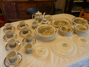 1970's Dish Set from Simpson Sears Shakespeare's Sonnets