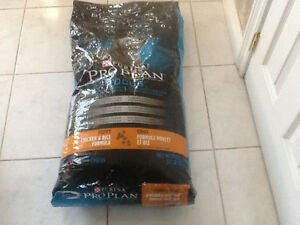 Purina Focus Puppy Chicken and Rice Formula Dog Food