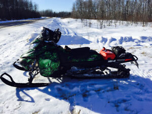 2014 Skidoo Summit SP with Accessories