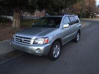 Exceptionally clean 2007 Toyota Highlander Limited for sale