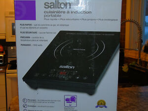 plaque induction Salton 1800  W  neuf
