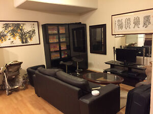 800 Sq, 12yrs townhouse, along on first floor