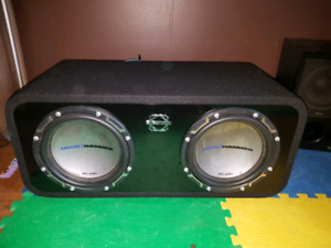 10 inch subs ported box and amp