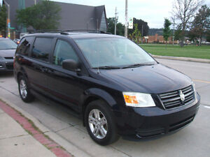 2010 Dodge Grand Caravan SE Stow'n'Go - Super Clean