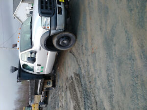 F550 Crew Cab with Dump Box For Sale