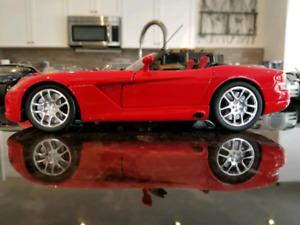 1:18 Diecast Hot Wheels Dodge Viper Roadster Red