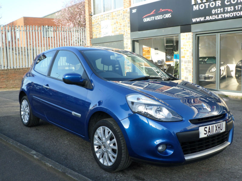 2011 renault clio 1 2 16v 75bhp dynamique tom tom 3dr 11 reg petrol blue in sheldon west. Black Bedroom Furniture Sets. Home Design Ideas