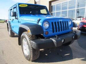 Jeep Wrangler Unlimited Rubicon 4x4   6 Speed Manual 2011