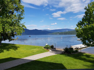 Beautiful Shuswap Lake Holiday Resort