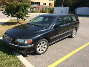 2002 Volvo V70 Wagon - for sale for parts