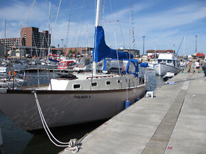 Roberts 38 Ft Sailboat For Sale - Price Reduced