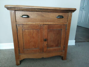 Antique French Canadian Oak cabinet
