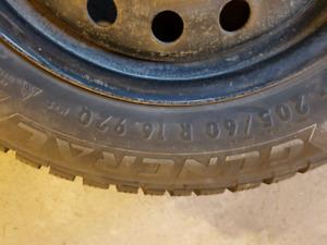4 pneus d'hiver sur jantes d'acier pour kia soul