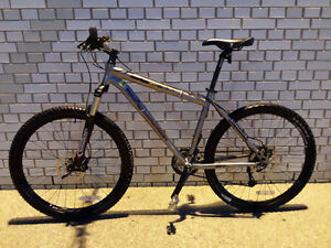 Rockymountain,MARZOCCHI,like b new,Hydraulick brake,EXCELLENT