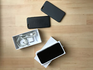 64 GB iPhone 6 black with 2 apple cases & all accessories