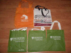 5 reusable grocery or book bags