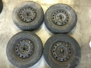 4x Goodyear Nordic Winter Tire with Rims 185/70R14