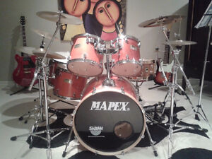 Mapex 7-piece drum set with 6 cymbals