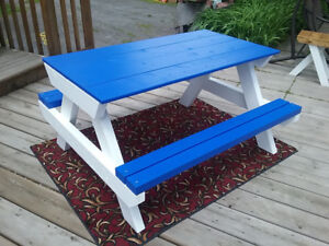 Kid-size picnic table