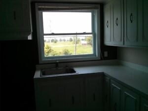 Private 2 BDR  Apartment!!!  Quick 401 Access. Cornwall Ontario image 3