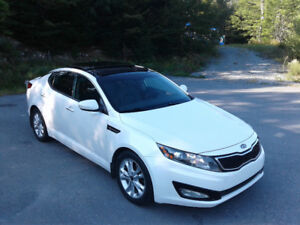 White 2012 Kia Optima EX+ Turbo