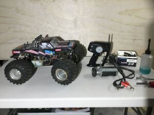 Gas powered RC truck