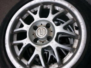 4 rims for sale with tires but tires are not good