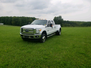 2012 FORD F350 XLT DIESEL WITH FULL KELDERMAN AIR SUSPENSION