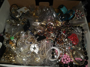 JEWELRY WANTED ALL TYPES & CONDITIONS PAYING CASH