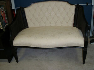 Sofa / Loveseat / Chair
