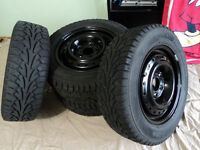 Dodge Caravan, 215/70R15 Hankook iPike Winte tires rims