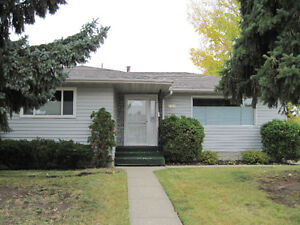 Beautiful Family Home For Rent Available Dec 1, 2016