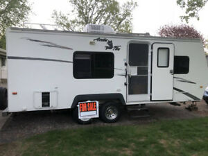 Buy Or Sell Used Or New Rvs Campers Amp Trailers In Nanaimo