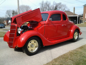 1935 FORD COUPE, 5 window
