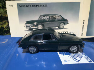Mgb gt coupe autoart diecast 1/18 die cast