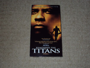 REMEMBER THE TITANS, VHS MOVIE, EXCELLENT CONDITION