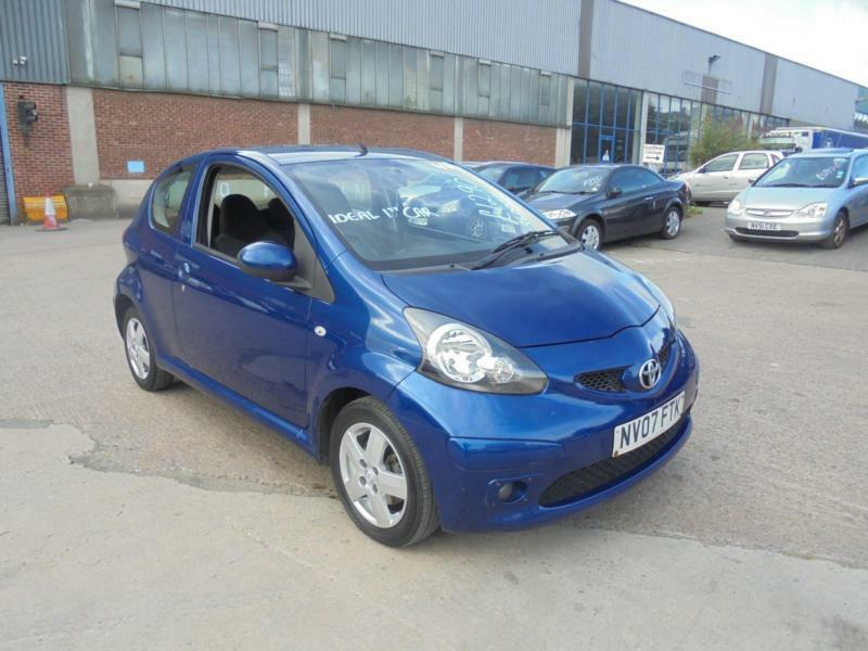 toyota aygo 1 0 vvt i aygo blue 3 door 2007 07 reg 10 months mot in cleckheaton west. Black Bedroom Furniture Sets. Home Design Ideas