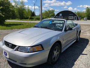 2004 Ford Mustang LX