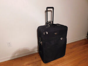 """26"""" AMERICAN TOURISTER LUGGAGE/ VALISE"""
