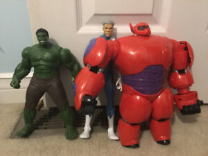 Hulk, big hero 6 and another action figure